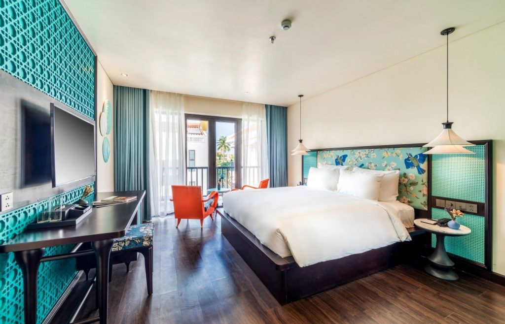 Khách sạn gần biển Hội An