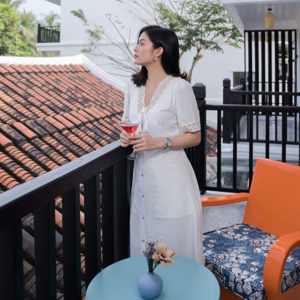 DE AN Hotel balcony