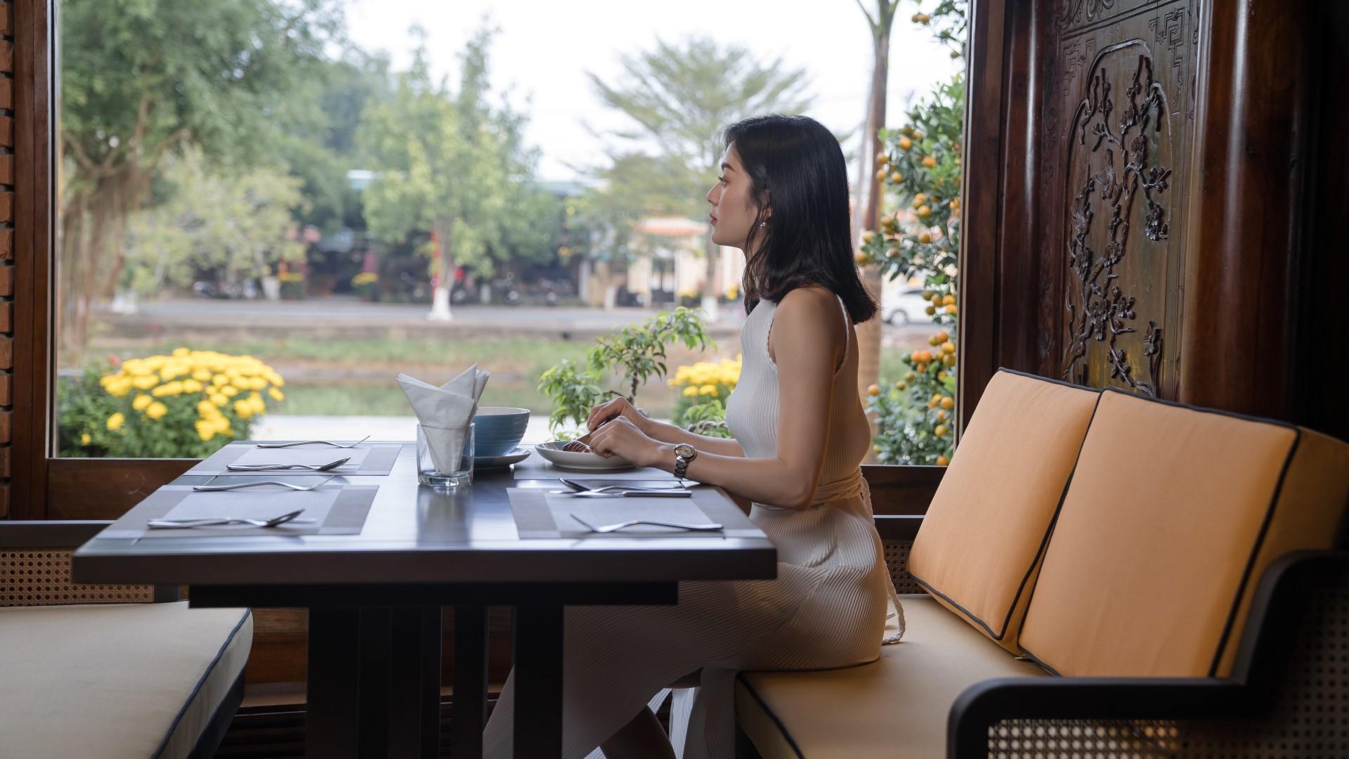 nhà hàng Hội An view đẹp