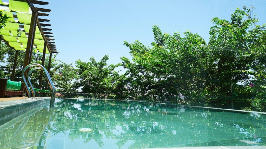 Hoi An swimming pool hotel