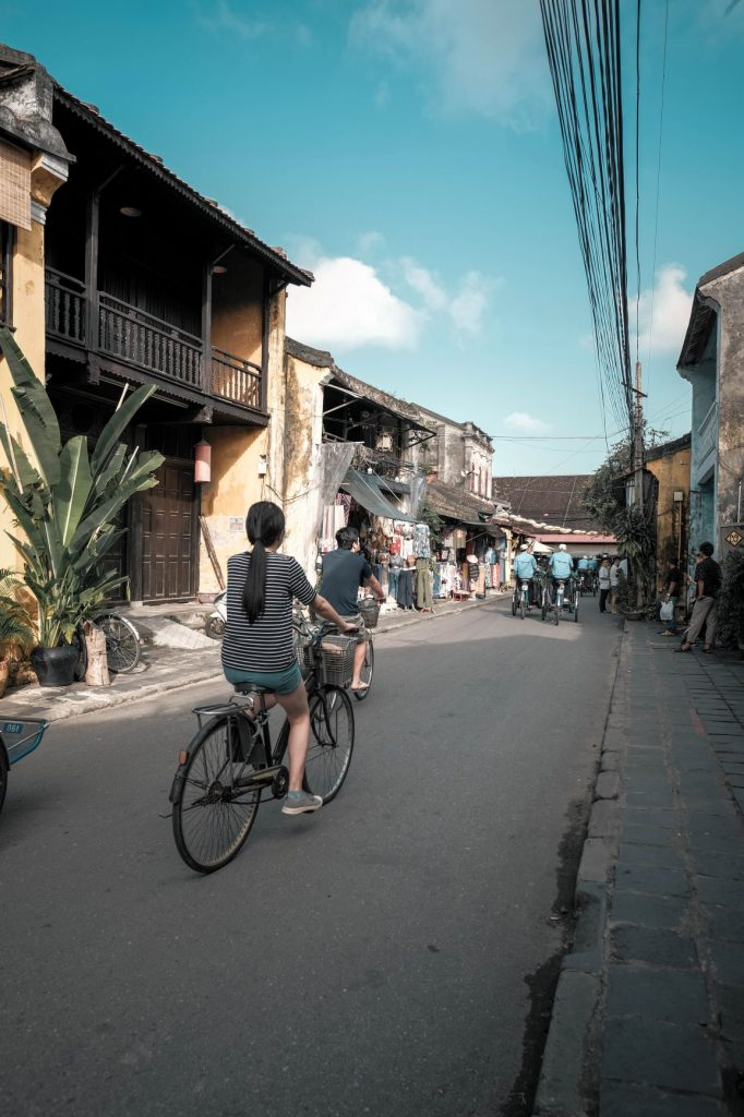 how to get hoi an ancient town